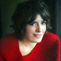 Chrystelle Alour, pianiste, chanteuse, autrice, compositrice